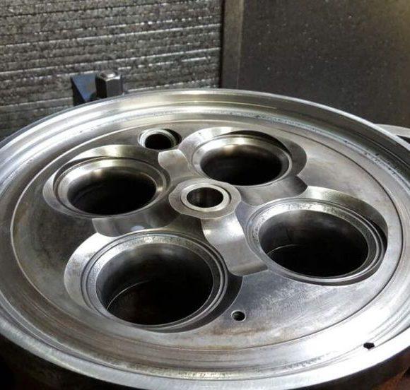 MAK 25 Cylinder Covers lower O-belt Reco